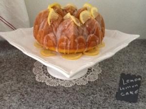 Lemon cake with lemons